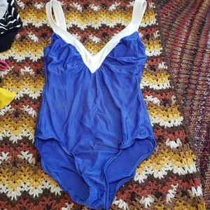 VTG Blue & White 1pc Swimsuit!😍